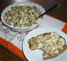 Фото рецепт салата с сайрой