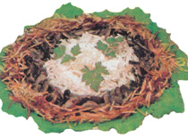 Вкусный салатик с грибами и курицей