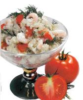 Смешанный салат с рисом и креветками
