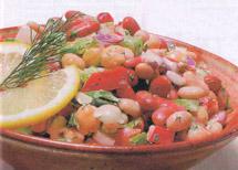 Смешанный салат с бобами и овощми