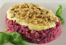 Вкусный и красивый салат свекла с грецкими орехами