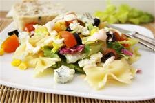 Салат с оливками