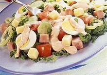 Многокомпонентный и вкусный салат
