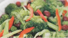 Легкий и теплый овощной салат