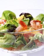 Вкусное сочетание морепродуктов и фруктов