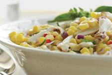 Аппетитный салат с кукурузой фото