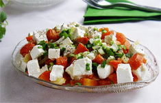 Аппетитный салат из моркови с сыром фото