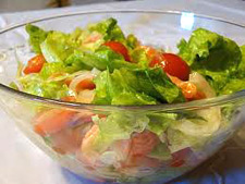 Ароматный салат с пряной зеленью
