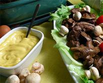 Салат с печенью и грибами