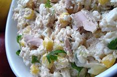 Рецепт салат с консервированным тунцом и рисом фото