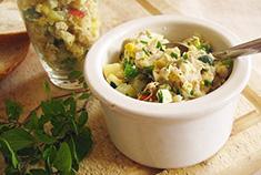 Фото салат из копченой скумбрии рецепт