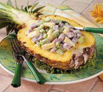 Салат в половинке ананаса рецепт