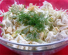 Быстрый салат с цветной капустой и сыром