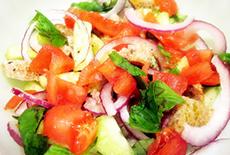 Фото салат с помидорами и сухариками рецепт