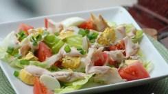 Салатный микс из фруктов и зелени