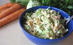 Рецепт салата с молодой капустой фото