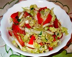 Салат с китайской капустой и редисом