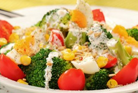 Салат с итальянскими травами и брокколи
