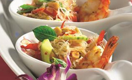 фото тайского салата с креветками