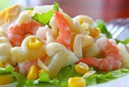 фото салата с яйцами и креветками
