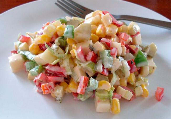 Салат со сладким перцем на завтрак