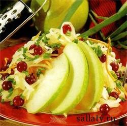 Салат с яблоком и грецким орехом