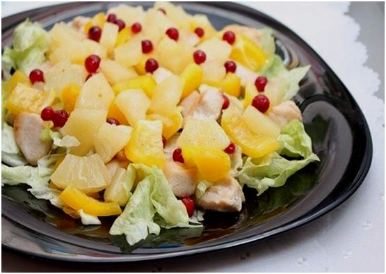 Непростой салат с курицей и ананасом на 8 марта!
